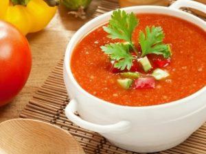 Гаспачо — испанский суп из томатов, который не надо варить