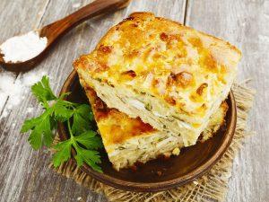 """""""Ленивый"""" пирог с капустой и сыром"""