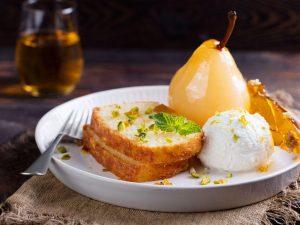 Десерт из груши с сицилийской рикоттой