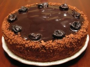 Торт-безе ореховый