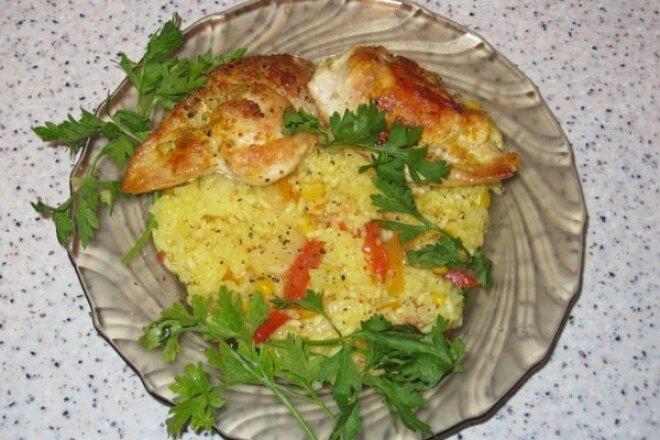 Куриные грудки с рисом и ананасами
