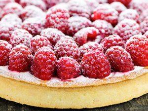 Тонкости приготовления вкусного малинового пирога