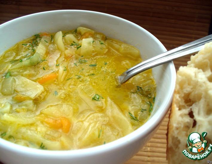 Луковый суп с капустой и лимоном